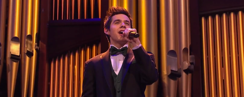 Joy_to_the_World_-_David_Archuleta_and_the_Mormon_Tabernacle_Choir_-_YouTube-3.png