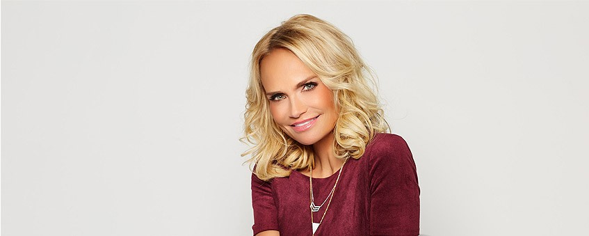 bf652df361e 10 Things You Didn t Know About Kristin Chenoweth