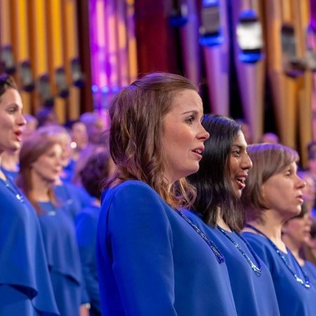 "The Tabernacle Choir Continues Its Musical ""Fermata""—But Only for a Few Beats"