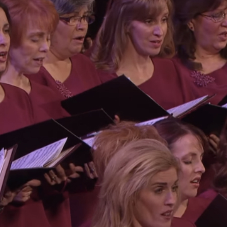 An Amazing Phenomenon Happens to the Heartbeats of Choir Members When They Sing Together
