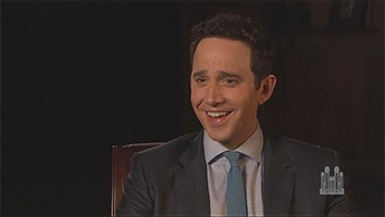 Backstage: Guest Artist Experience - Santino Fontana and the Puppeteers from Sesame Street®