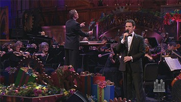 The Wonder of Christmas, with Santino Fontana - Christmas Special