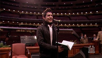 Be Still My Soul - David Archuleta sings to the Mormon Tabernacle Choir