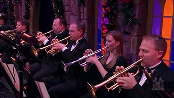Carols, Then and Now, with Natalie Cole and David McCullough - Christmas Special