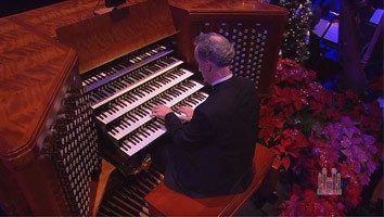 I Saw Three Ships (Christmas Organ Solo) - Richard Elliott