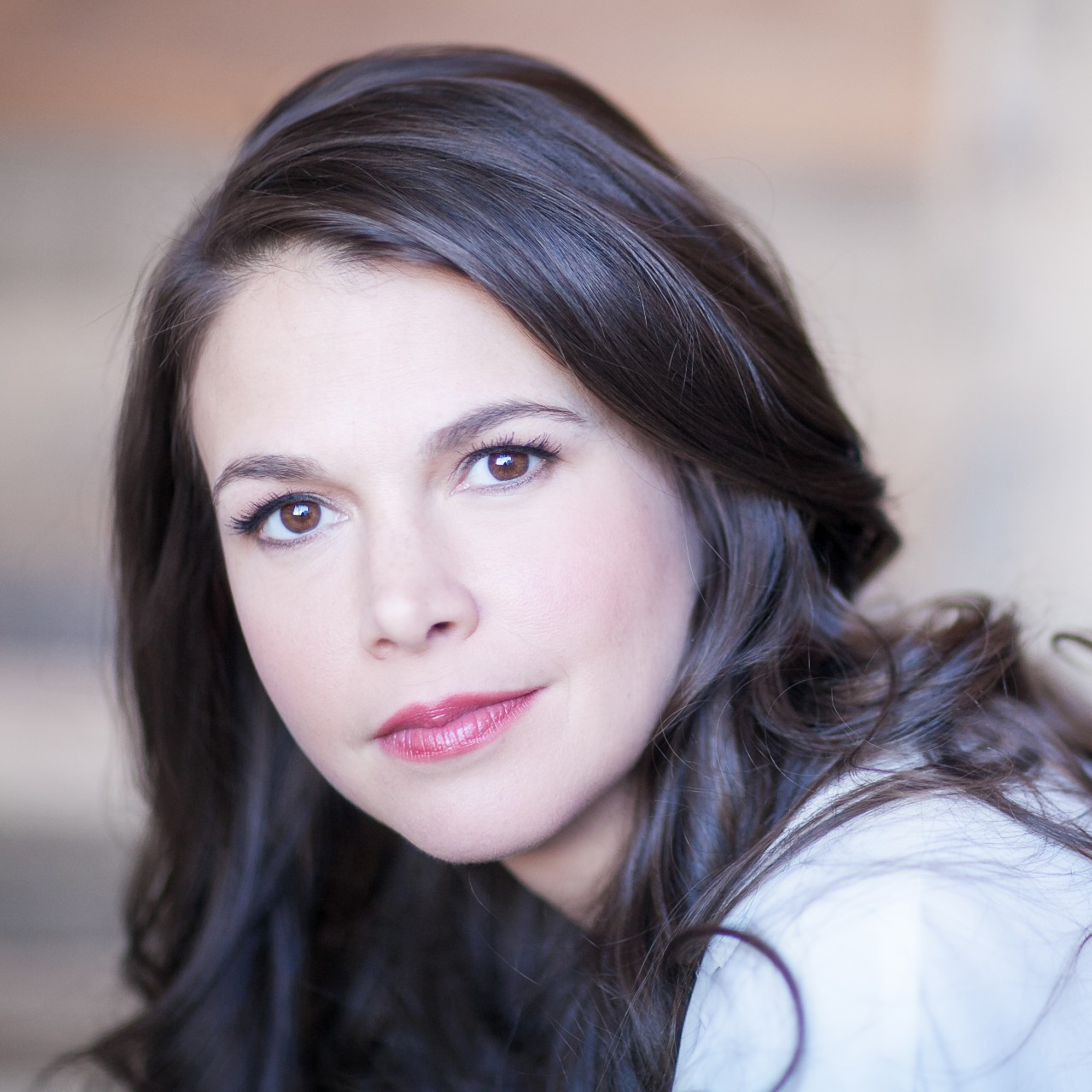 Sutton Foster -  Head Shot (002)450x450.jpg