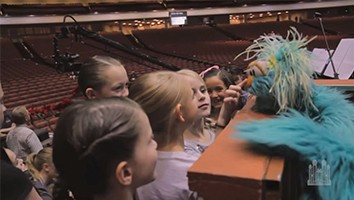 Backstage: Feeling the Love - Puppeteers from Sesame Street®