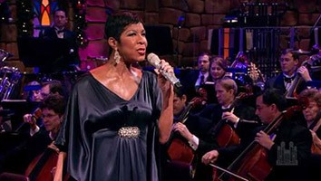 Hark! The Herald Angels Sing, with Natalie Cole