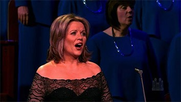 Lo, How a Rose E'er Blooming, with Renée Fleming